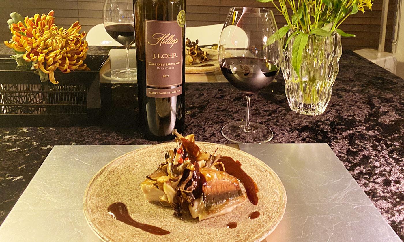カベルネ・ソーヴィニヨン × サバのソテー キノコ添え、赤ワイン味噌ソース